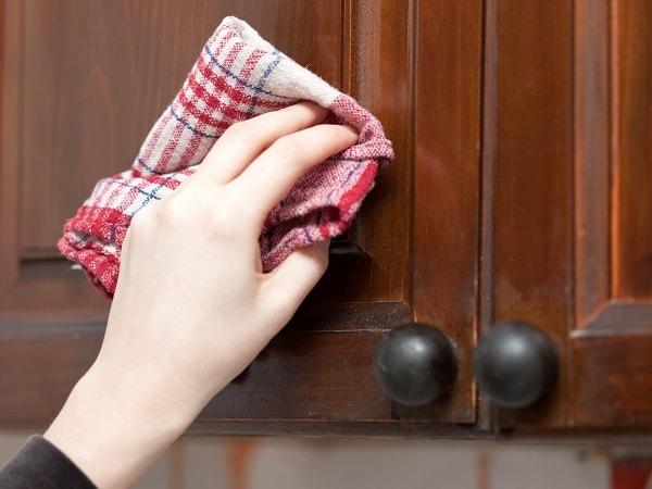 cách sử dụng và bảo quản tủ áo gỗ công nghiệp