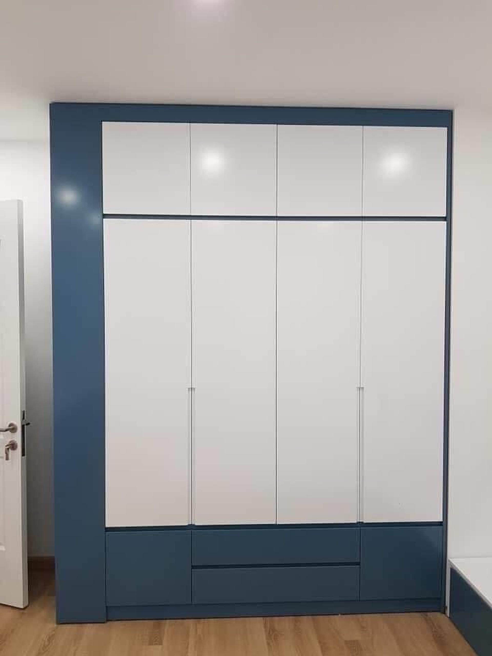 Mẫu tủ áo gỗ công nghiệp đẹp, tone màu xanh trắng sang trọng
